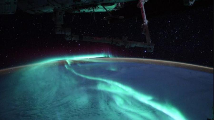 FOTO Aurora australă. Imagini spectaculoase făcute de un astronaut aflat în misiune pe Stația Spațială Internațională