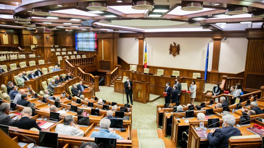 Viitori noi Ambasadori ai Republicii Moldova, avize în Comisia parlamentară