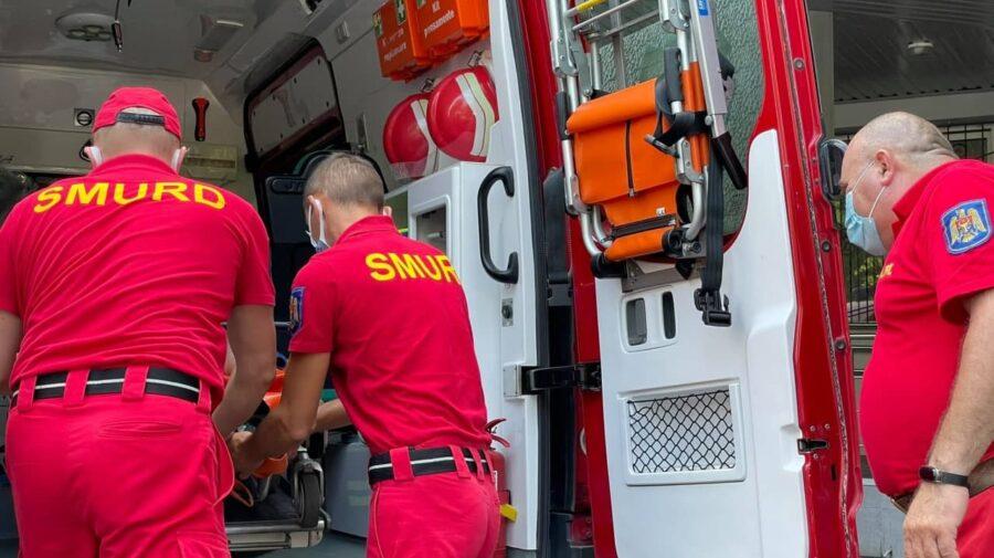 FOTO, VIDEO Cu echipajul SMURD până la Chișinău. A ajuns la spital după ce a suferit mai multe TRAUMATISME