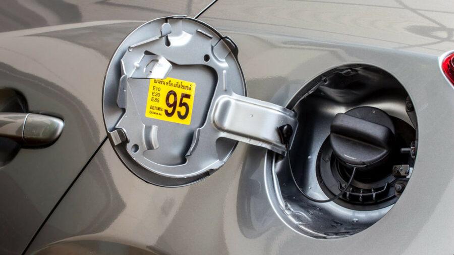 (raport) Prețurile la combustibili și carburanți rămân într-o situație neclară. De ce?