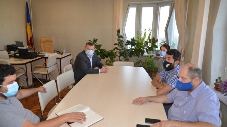 Directorul Agenției pentru Eficiență Energetică și Green City Lab Moldova, în ședință comună. Despre ce au discutat
