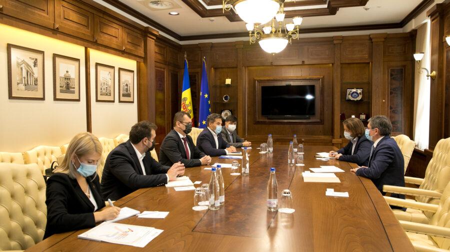 Parlamentul – partener pentru mediul de afaceri din România la Chișinău. Abordări și strategii stabilite