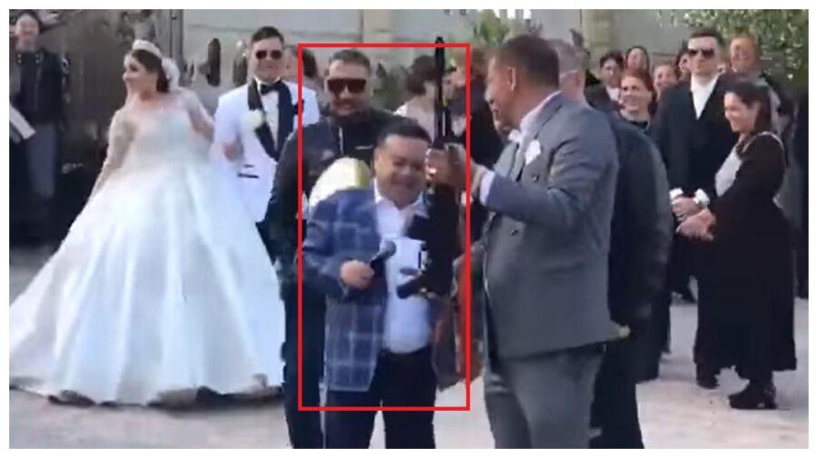 Manelistul Adrian Minune, martor la o nuntă din Moldova cu împușcături! Poliția noastră s-a sesizat, după cea română