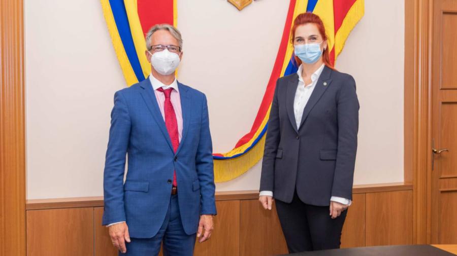 Ana Revenco a avut o întrevedere cu șeful Misiunii OSCE în Republica Moldova, Claus Neukirch. Despre ce au discutat