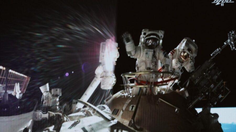 Astronauţii chinezi şi-au încheiat misiunea record de trei luni în spaţiu