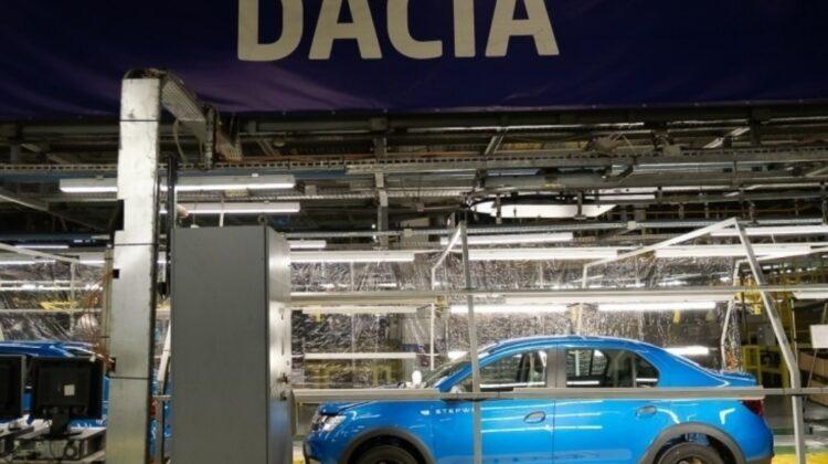 Dacia oprește producția la o uzină din România, din cauza lipsei de componente electronice