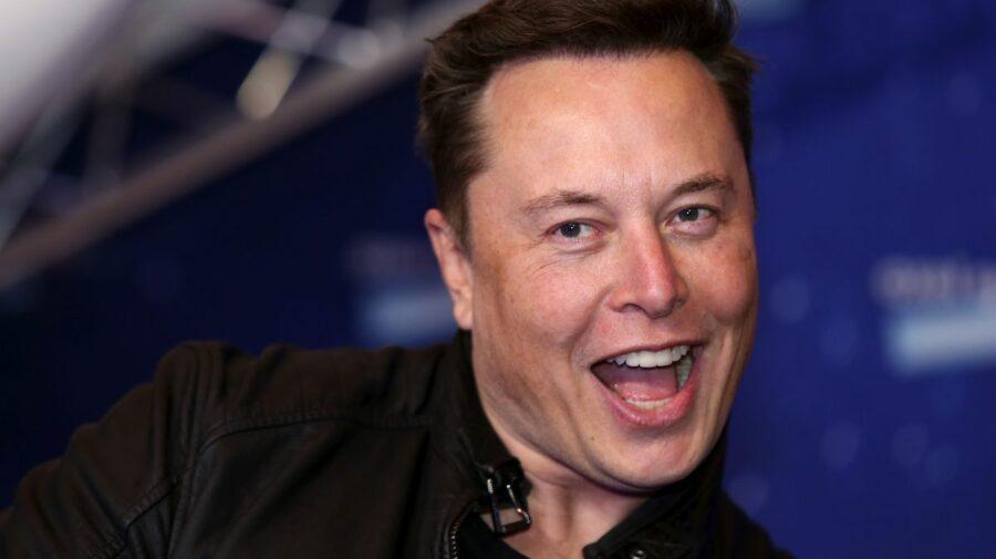 Elon Musk scrie istorie! A devenit a treia persoană care a avut vreodată o avere netă de 200.000.000.000 de dolari