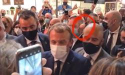"""VIDEO Momentul în care președintele Franței, a fost LOVIT cu un OU! """"Dacă vrea să îmi spună ceva, să vină"""""""