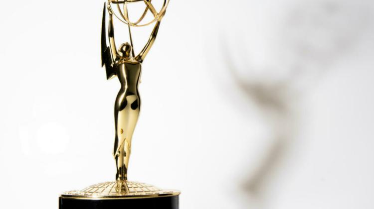 """VIDEO, FOTO """"The Crown"""" este marele câștigător la premiile Emmy 2021. Cele mai elegante apariții pe covorul roșu"""