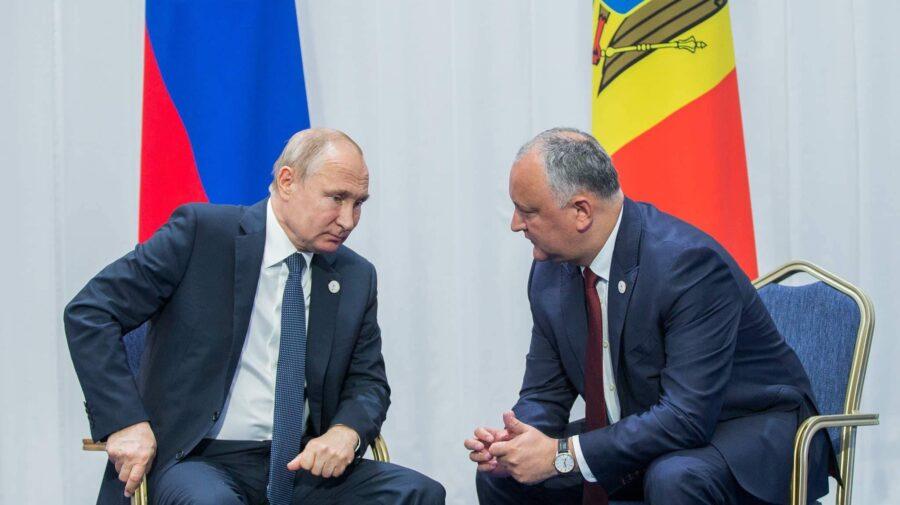 """Dodon și-a felicitat partenerii PSRM pentru victoria obținută la alegerile din Rusia. Zice că suntem """"popoare frățești"""""""