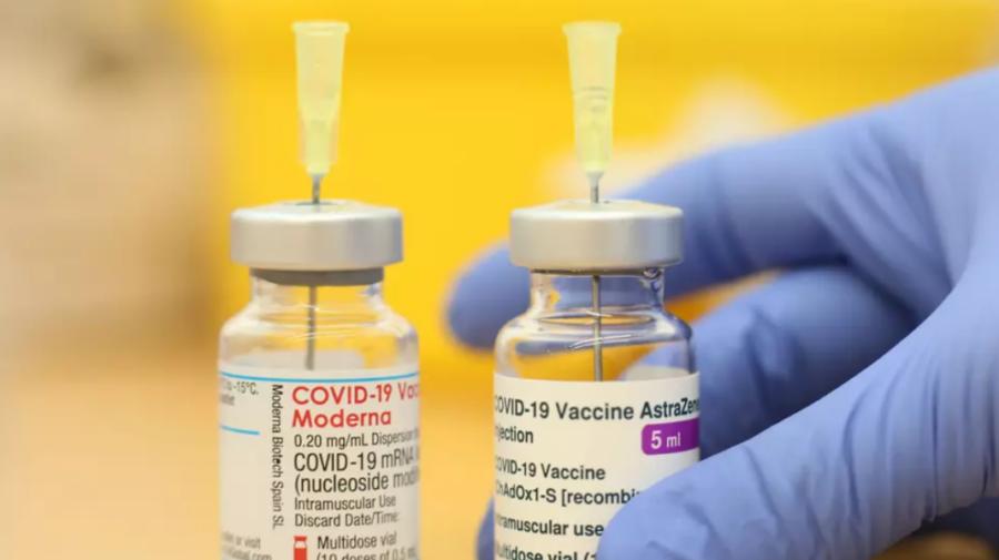 Directorul Moderna crede că pandemia de coronavirus se va încheia peste un an