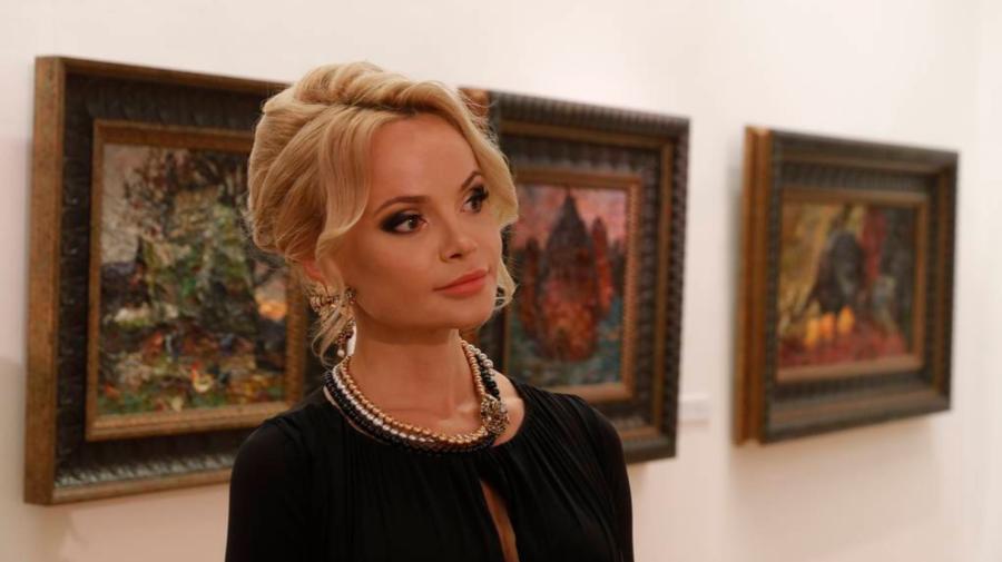 VIDEO Artista Nicoleta Stati, a devenit membru onorific al Academiei de Arte din Rusia! Expoziție de picturi la Moscova