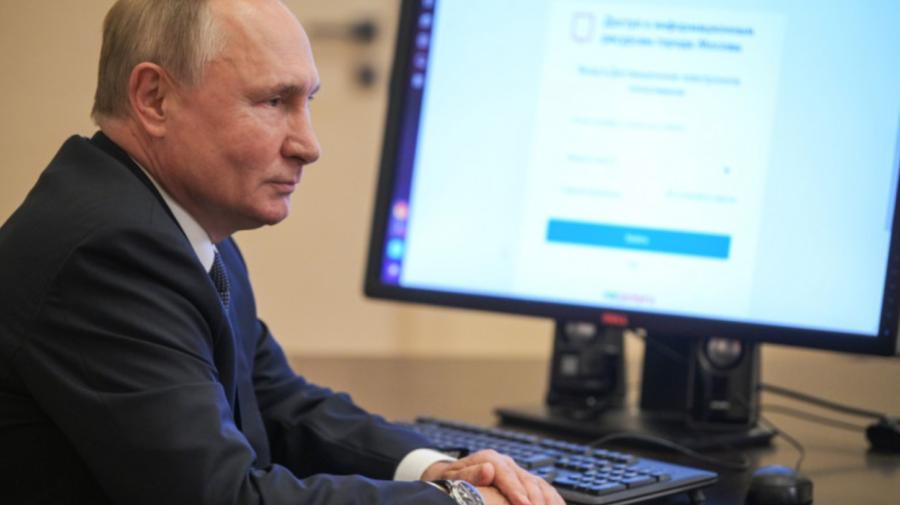 VIDEO Aflat în regim de autoizolare, Vladimir Putin a votat online la alegerile pentru Duma de Stat