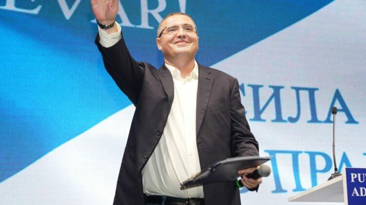 """VIDEO """"Renato, întoarce-te"""". Bălțenii îl vor din nou pe Usatîi primar. Sondaj comandat de o televiziune locală"""