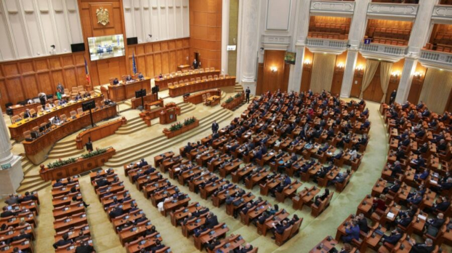 Guvernul României, în prag de a cădea! Moțiunea de cenzură USR PLUS – AUR va fi citită astăzi