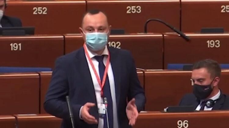 """Vlad Batrîncea la APCE minte de """"îngheață apele"""". Ca să se victimizeze a spus o minciună, deși vina o poartă chiar PSRM"""