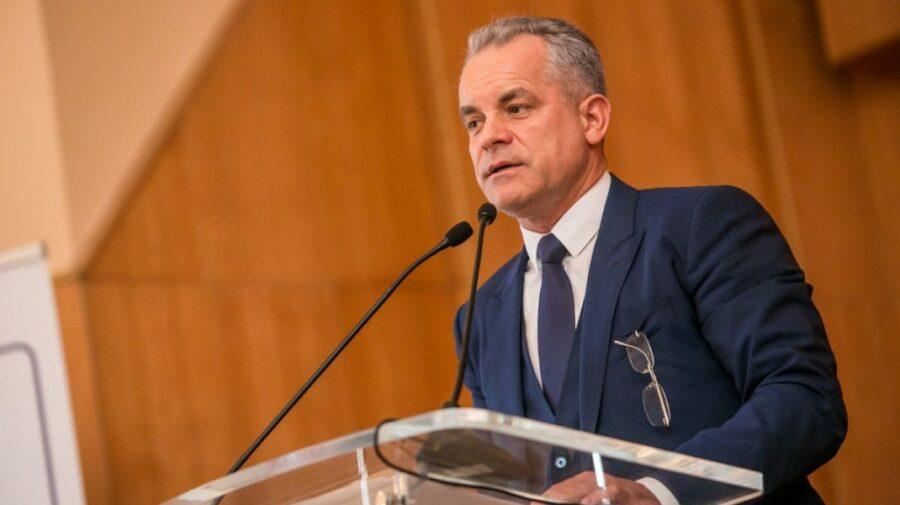 România: DNA s-a apucat de cercetat despre o firmă care are legături cu Plahotniuc. A modernizat mai multe școli la ei
