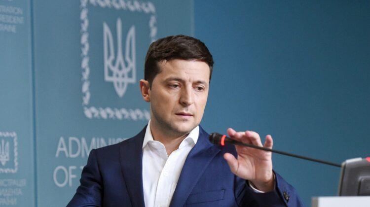 """VIDEO Zelenski: Să-mi dai """"privet"""" împușcând în mașina prietenului este o slăbiciune. Kremlinul neagă vreo implicare"""