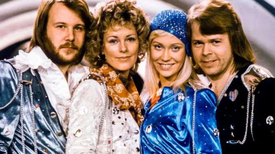 ABBA a pus în vânzare bilete pentru concertul din Londra. Prețurile variază și includ o noapte de cazare la un hotel