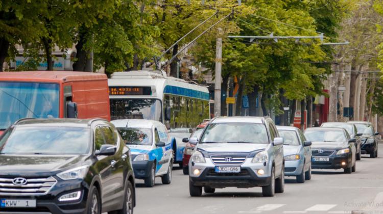 Ești în drum spre casă? Vezi în ce sectoare ale Capitalei se atestă flux sporit de transport și evită zonele