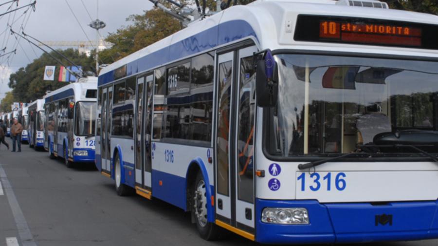 RTEC: Se înregistrează ambuteiaje pe mai multe străzi din Capitală. Vezi adresele vizate