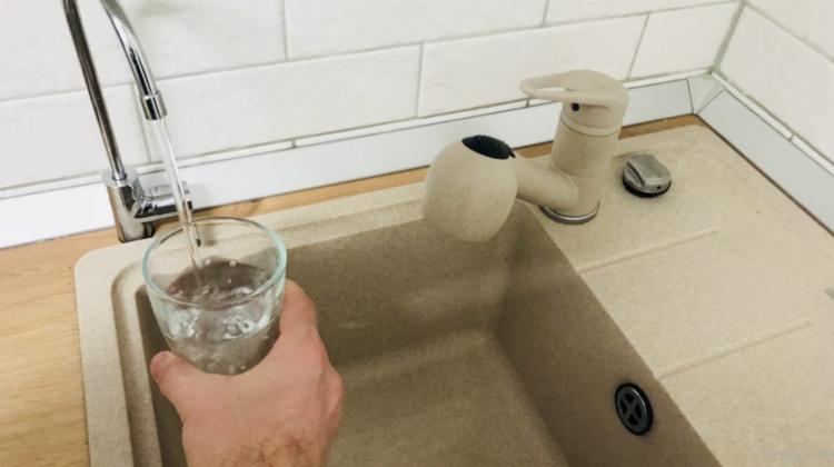 Informație UTILĂ pentru locuitorii Capitalei! În următoarele zile va fi sistată apa potabilă. Adresele anunțate