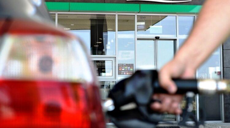 Prețurile de azi la carburanți! Dacă vor continua scumpirile, 1 litru de benzină va ajunge curând să coste 21 de lei