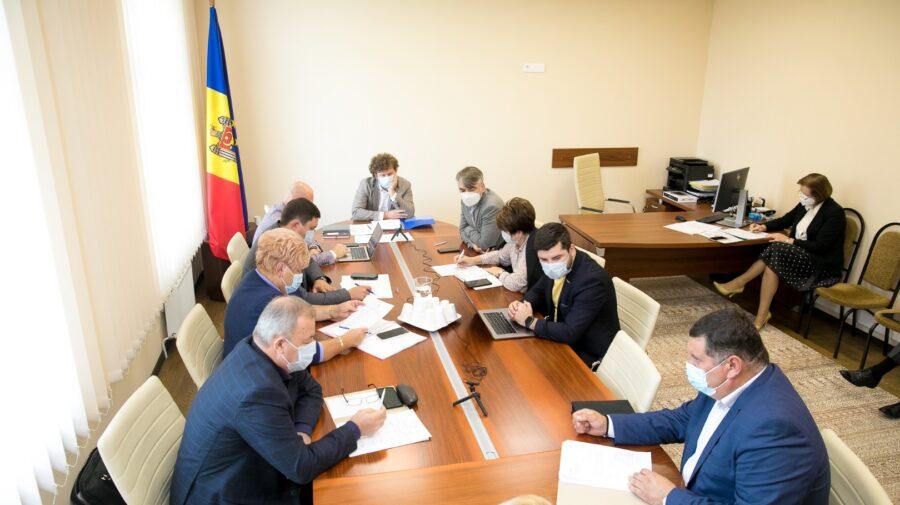 """Partidul """"ȘOR"""" le cere deputaților să rezolve problema lipsei farmaciilor la sate"""