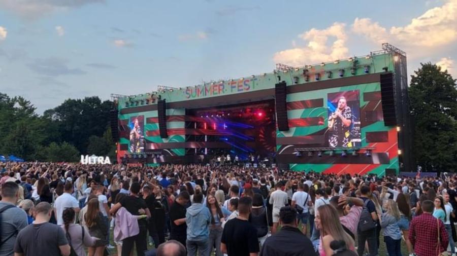 ALERTĂ DE COD ROȘU doar pe foaie! Concert peste concert la Chișinău în timp ce autoritățile caută vinovatul