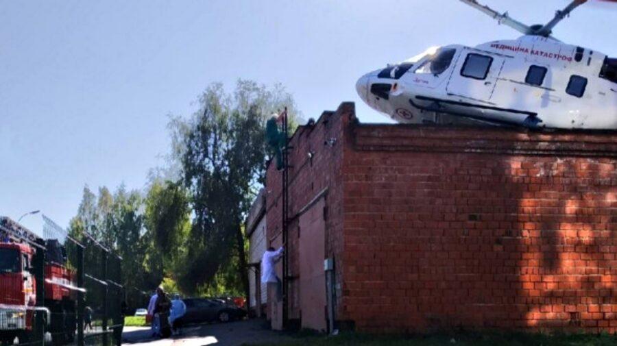 FOTO, VIDEO În Ijevsk, un elicopter de urgență s-a prăbușit exact într-o clădire a spitalului