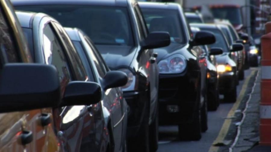 ATENȚIE! Pe mai multe străzi din Capitală se înregistrează ambuteiaje. Adresele vizate