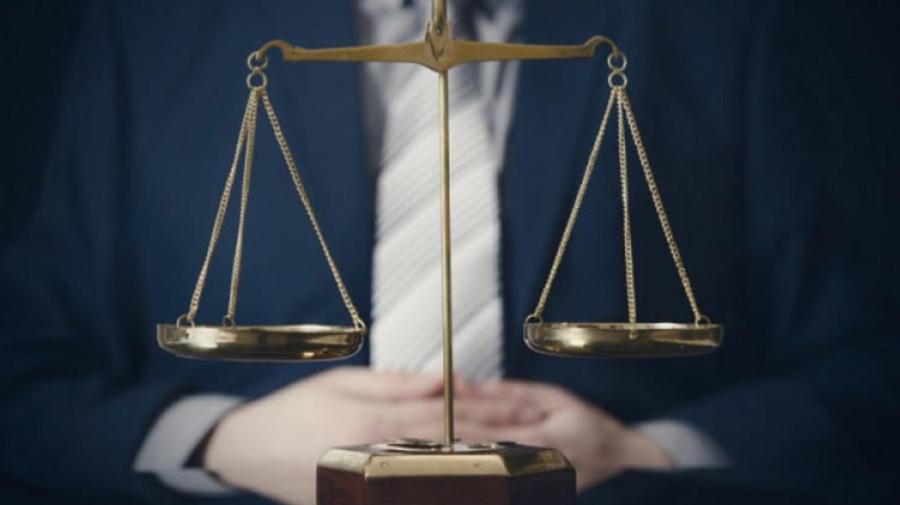 """Studiu: Justiția în Moldova continuă să fie selectivă. """"Poate fi influențată de interesele unor grupuri de influență"""""""