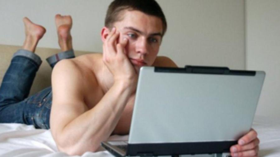 Pornografia acționează negativ asupra tinerilor! Cum afectează filmele porno sănătatea fizică și mentală