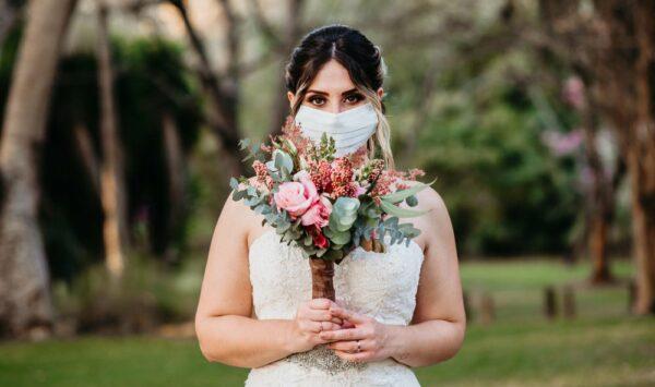 DOC Guvernul bate în cuie noi reguli pandemice! Festivități, nunți și cumetrii cu certificat COVID. Ce alte reguli avem