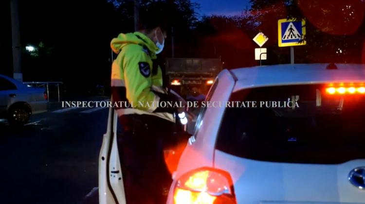 VIDEO Continuă să urce la volan în stare de ebrietate! 43 de șoferi, trași pe dreapta de polițiști în weekend