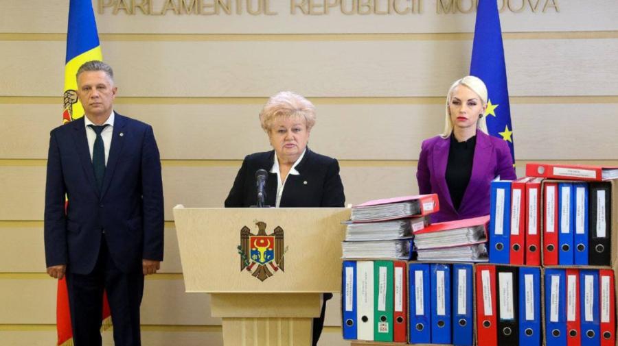 """Partidul """"ȘOR"""" solicită avizarea de urgență a proiectului de lege privind crearea farmaciilor sociale mobile"""
