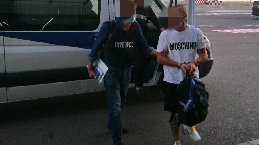Va primi ce merită! Conațional dat în căutare internațională, extrădat din Italia în Moldova. Ce a făcut?