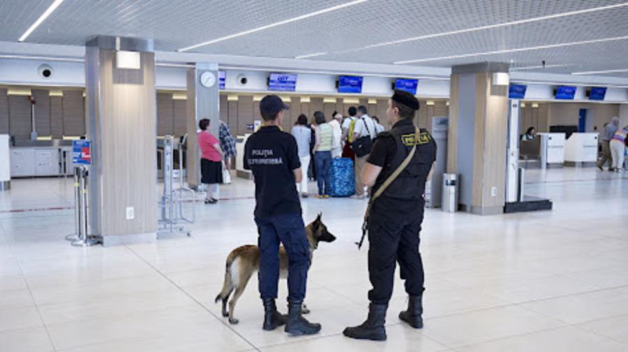 Un individ ar fi încercat să fugă în Turcia cu valută nedeclarată. A fost depistat dimineață pe Aeroportul Chișinău