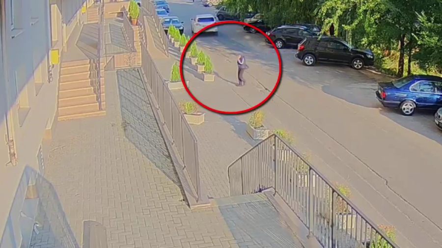 VIDEO Recidivist, pus la pământ de polițiști! A furat din locuințele locuitorilor Capitalei, dar și de la o grădiniță