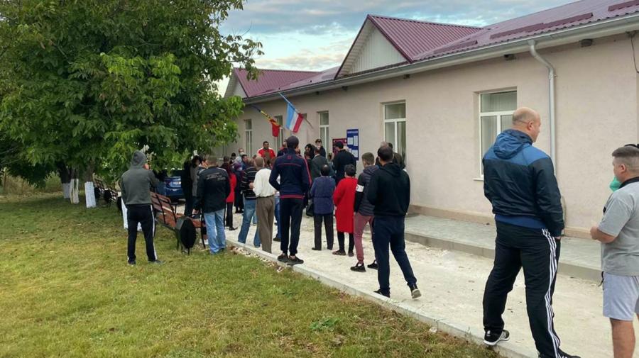 VIDEO Scandal în timpul alegerilor din Găgăuzia. Din ce cauză s-a iscat conflictul