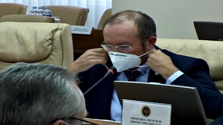"""VIDEO """"Masca, vă rog""""! Un ministru a fost atenționat de Natalia Gavrilița la ședința Guvernului"""