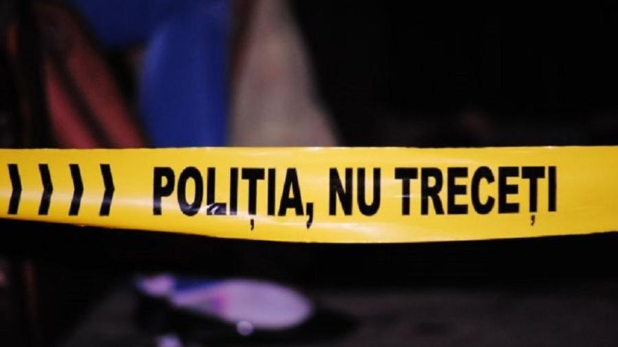 Cadavrul unui bărbat din Drochia, găsit atârnat într-o construcție auxiliară din gospodărie. Poliția: S-ar fi sinucis