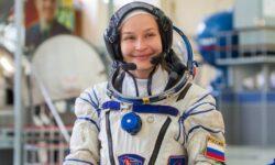 FOTO Primul film în cosmos! O actriță rusă se află la bordul Stației Spațiale Internaționale. Călătorie cu peripeții