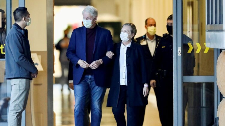 Fostul preşedinte american Bill Clinton a fost externat