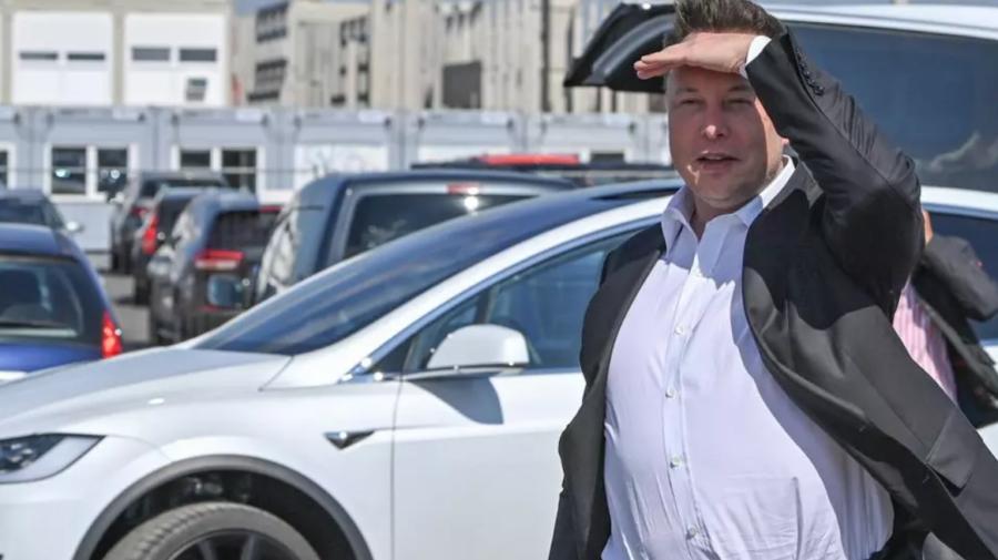 Tesla valorează acum peste o mie de miliarde de dolari. La ce sumă uriașă a ajuns averea lui Elon Musk