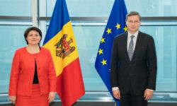 Un nou program de asistență macrofinanciară, discutat de Natalia Gavrilița și comisarul UE pentru comerț