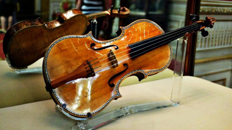 """Stradivarius la Chișinău: """"Vivaldi e un contrabandist de toamnă"""""""