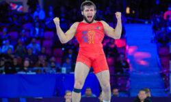 Performanță uluitoare! Moldova mai are un campion mondial. Victor Ciobanu a câștigat aurul la luptele greco-romane