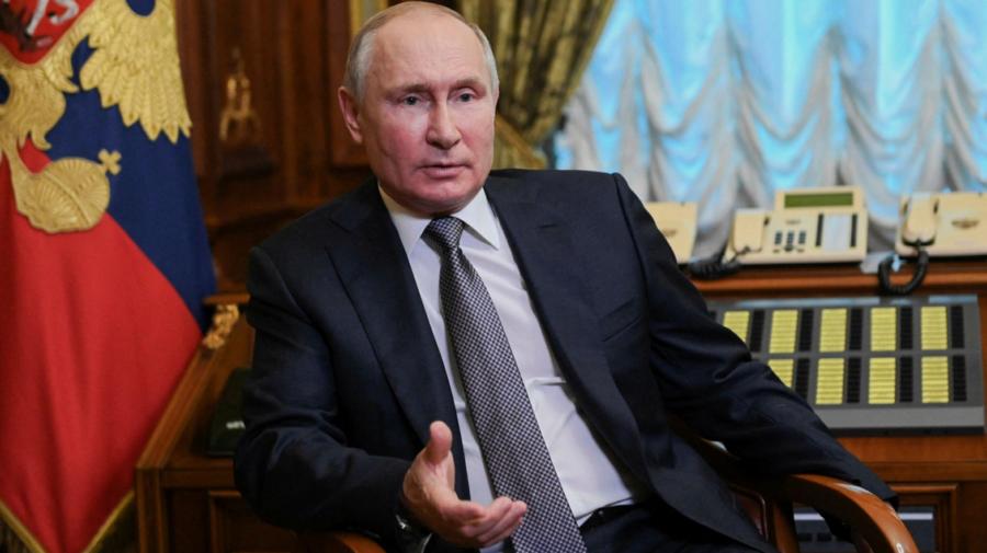 Vladimir Putin cere accelerarea campaniei de vaccinare din Rusia, după o zi cu un nou record de morți