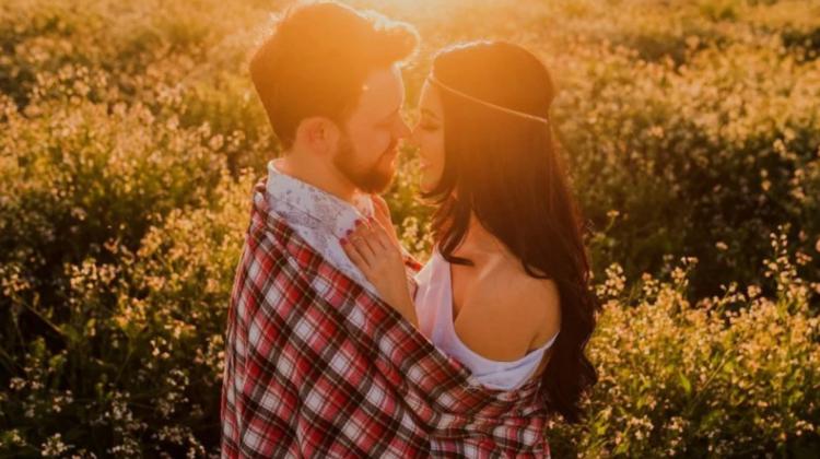 Top CINCI cele mai romantice zodii. Nativii care fac totul pentru dragoste